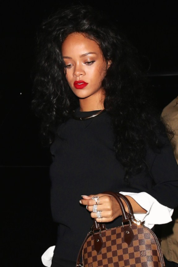 Most Stunning Pictures Of Rihanna 20