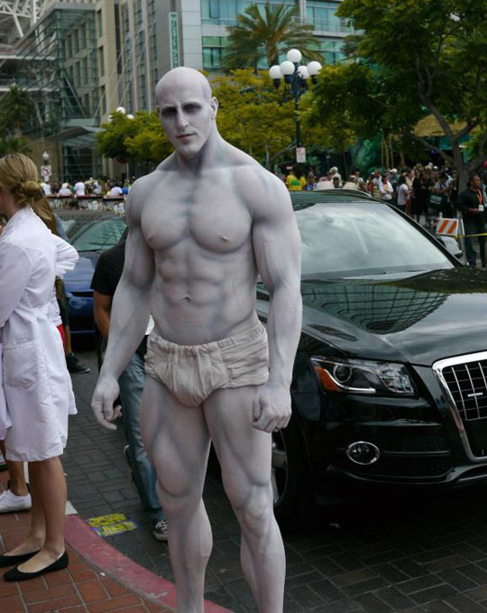 cool-Prometheus-cosplay-pilot