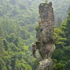 cool-rock-elephant-sculpture-India