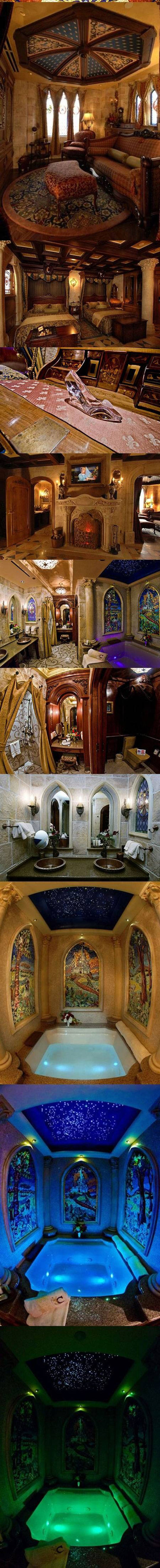 cool-Cinderella-Castle-suite-guest-tub