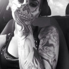 funny-face-hand-skull-teeth-tattoo
